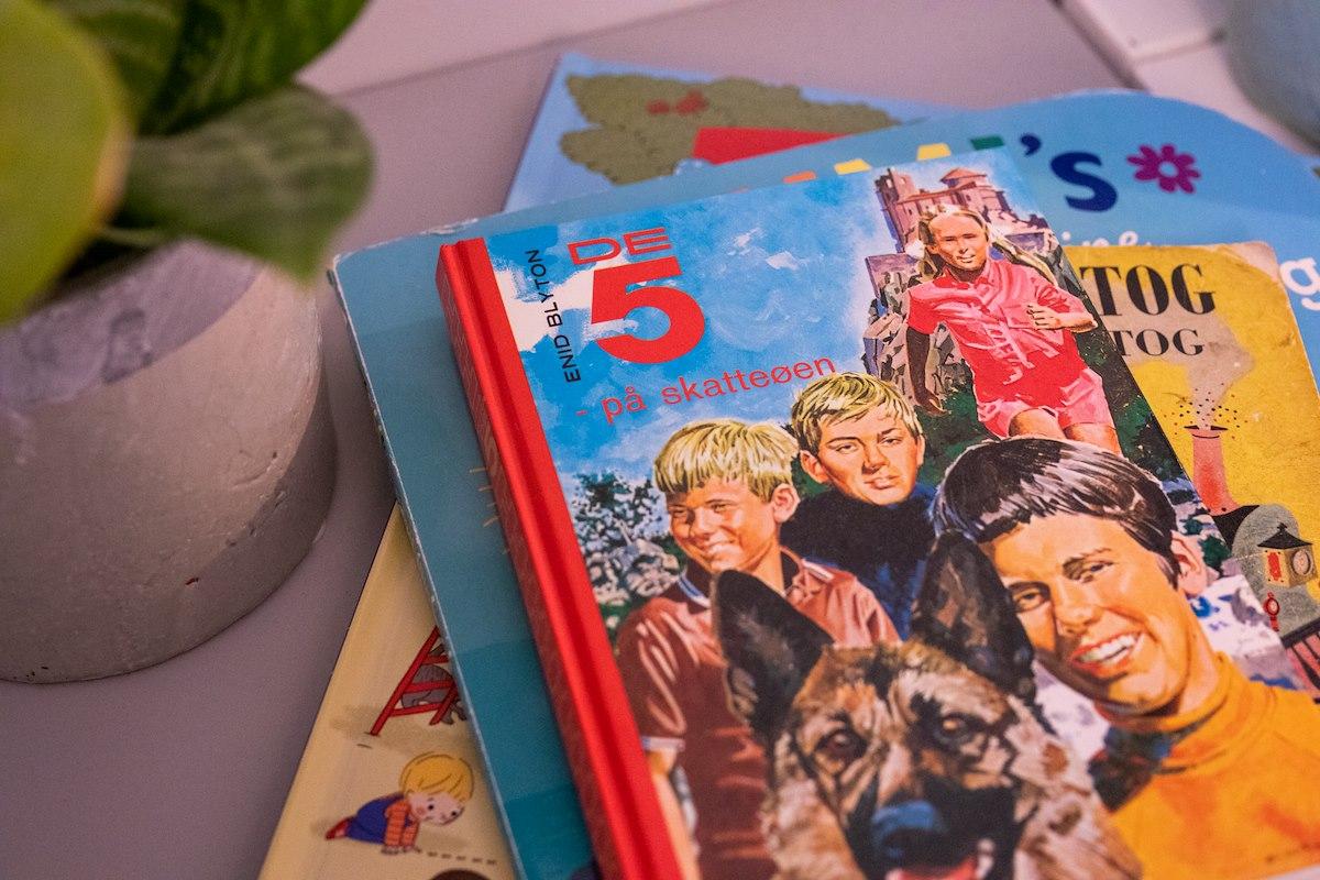De 5 bøger af Enid Blyton